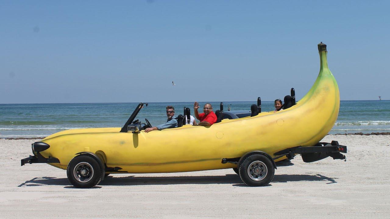 BananaBus6423